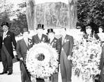 Peter W. Rodino with a group holding wreath